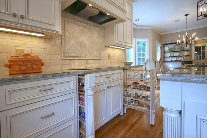 kitchen,custom spice rack,organized kitchen,flat surface cooktop