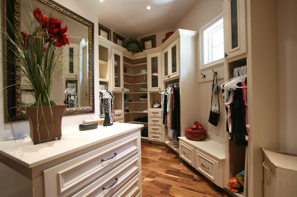 custom closets,white cabinets,shoe rack,dressing room,jewelry drawer