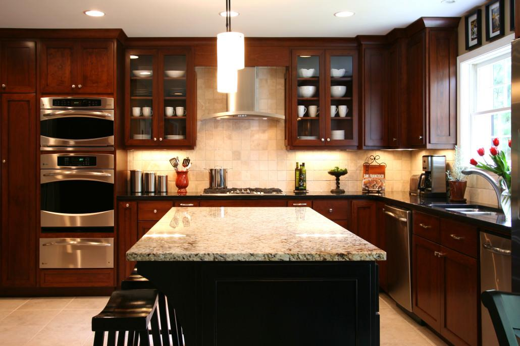 modern cabinetry, stainless hood,glass doors,contemporary design,warming drawer,island