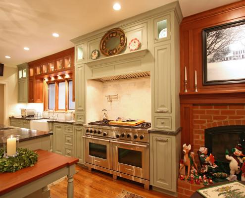 kitchen,decorative details,double oven,painted cabinets,pot filler
