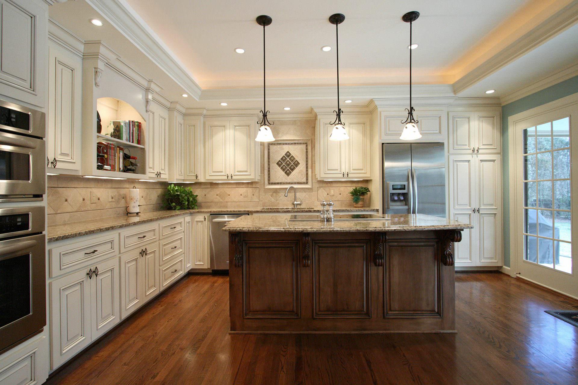 kitchen,island,corbels,display shelves,tile backsplash,traditional,ideas