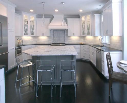 Transitional, Kitchen design, custom cabinetry, clean white and gray kitchen, gray island, backsplash,