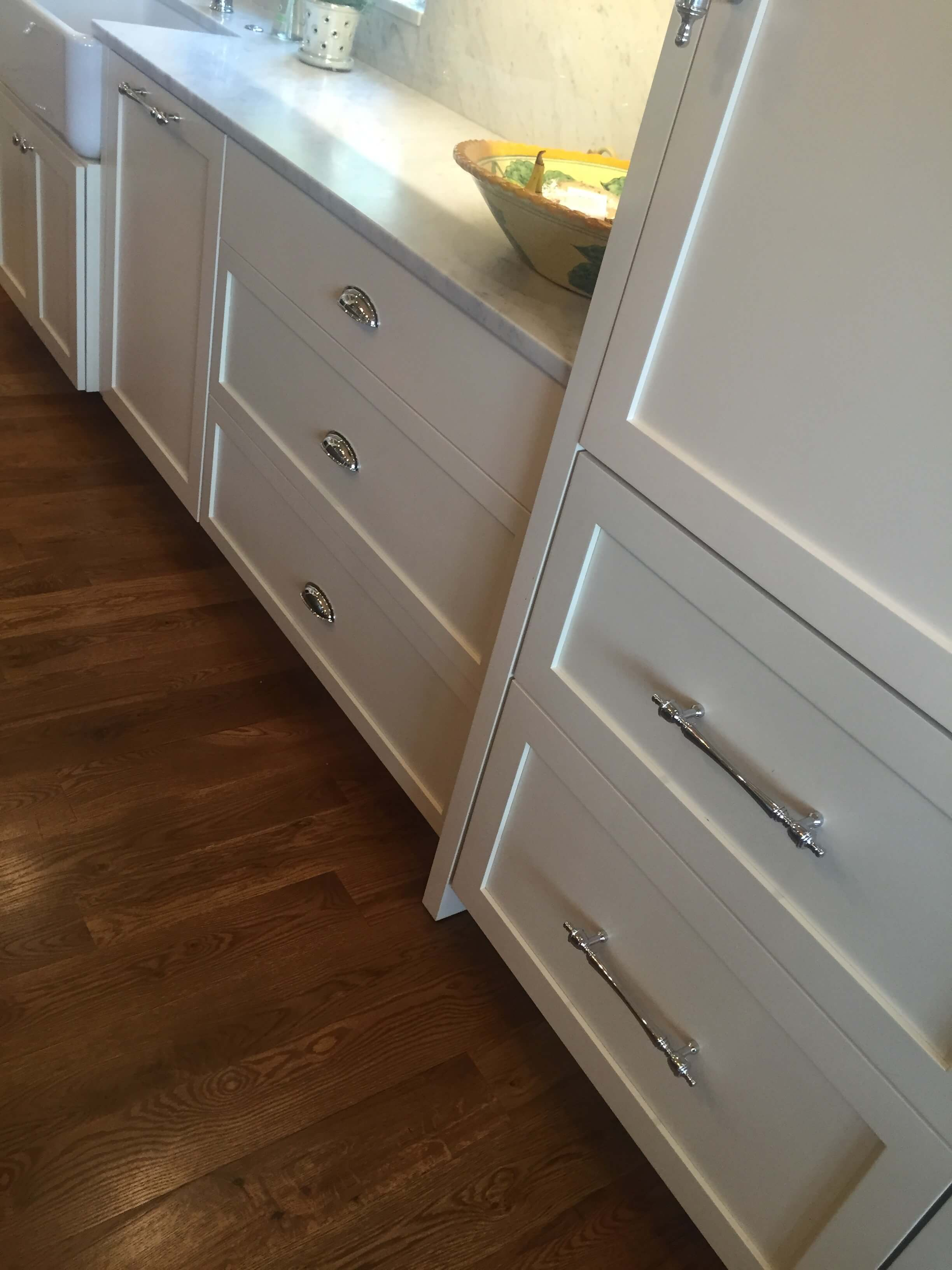 white cabinets, inset, cup pulls, photo shoot