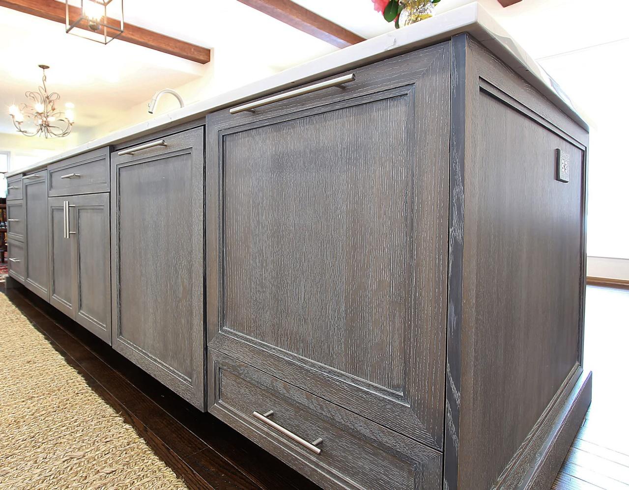 The comeback of oak walker woodworking for Cerused oak kitchen cabinets
