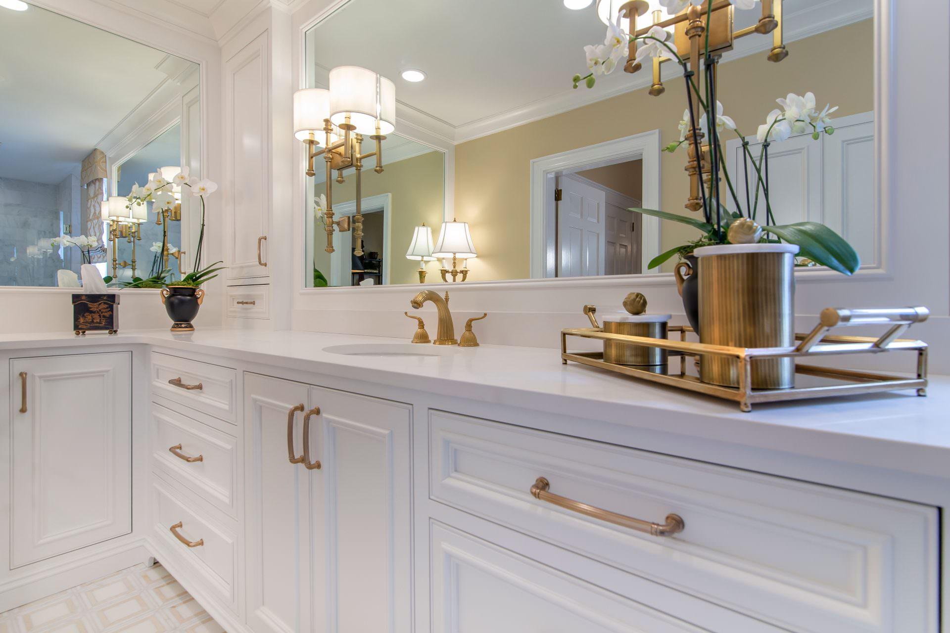 Por Bathroom Cabinet Styles